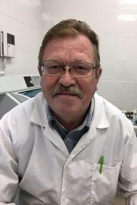 Локарев Александр Вениаминович - оториноларинголог, педиатр, врач 1-й квалификационной категории