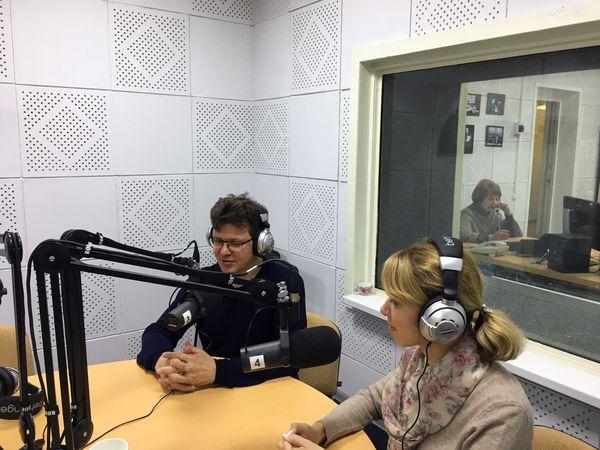 """Врачи клиники """"Лор Плюс"""" на радио Т7 в Перми"""